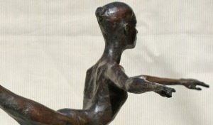 Olga in Arabesque, in bronze by Robert Truscott