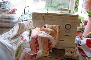 Mavis and the Cottage Garden quilt
