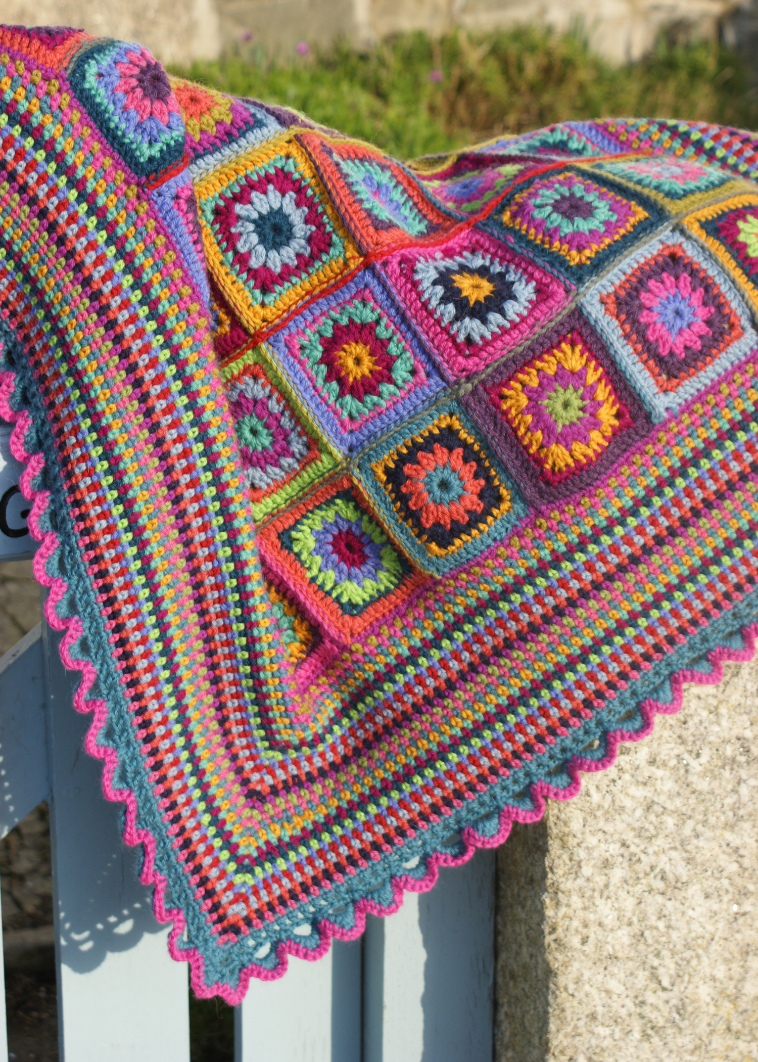 Free Crochet Rose Blanket Pattern : Crochet Adaliza