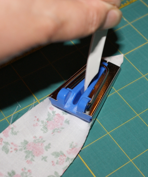 Helping hand - use a pointy tool