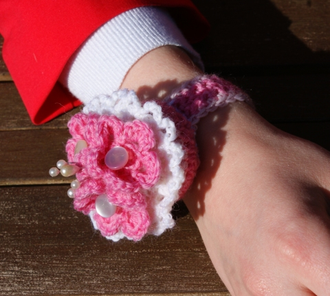 wristband pincushion