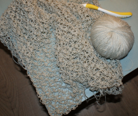 Solomon's Knot or Lovers' Knot crochet stitch