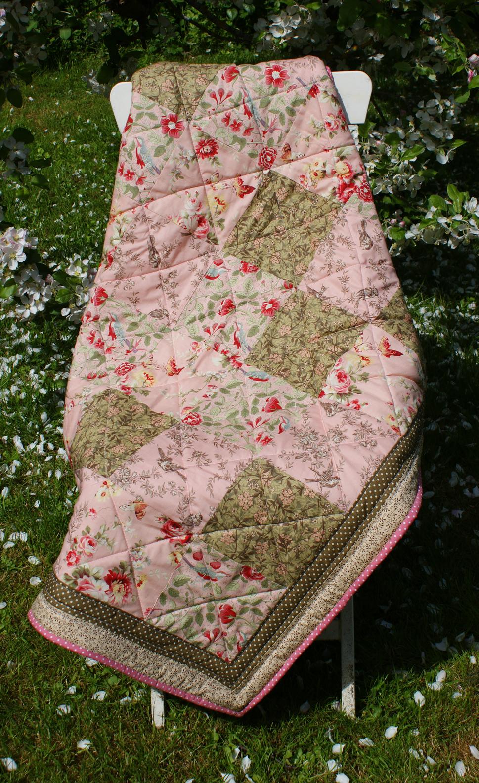 Secret Garden Quilt Adaliza