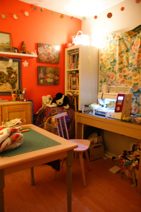 sewing table, chair & machine desk