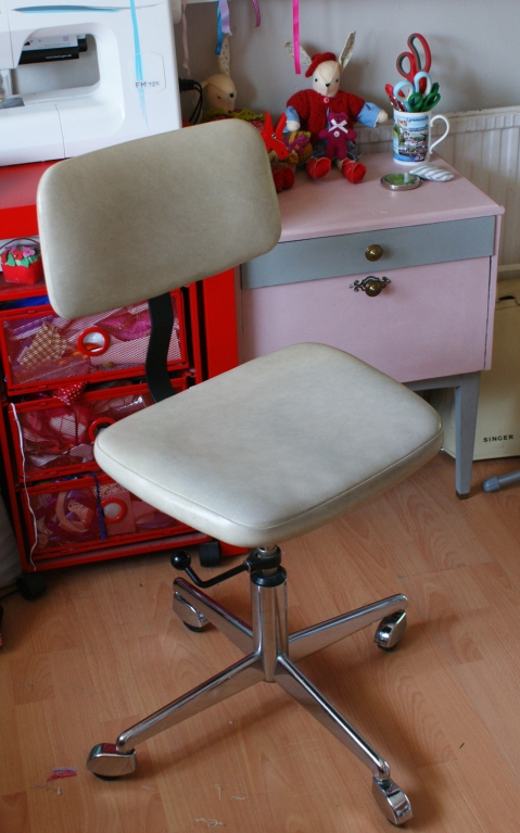 Danish Retro Office Swivel Chair