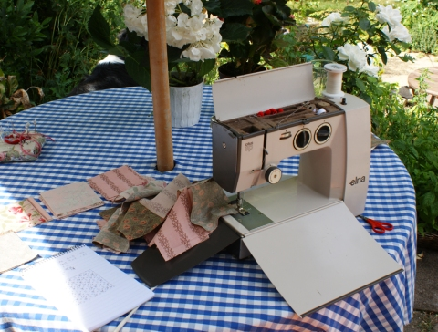 my little old Elna is light and portable and perfect for some simple stitching