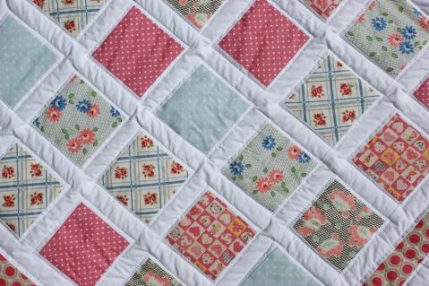 Retro Squares quilt