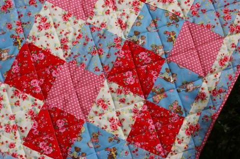 pretty little cot quilt