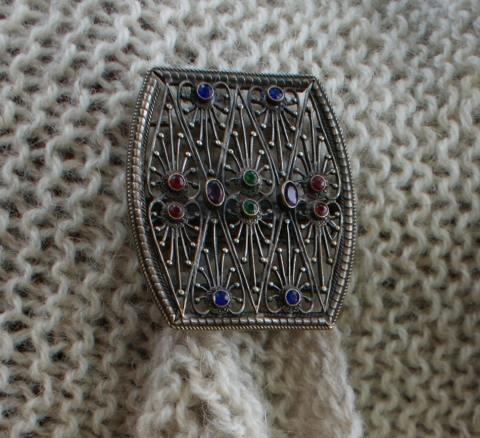 vintage belt buckle shawl clasp